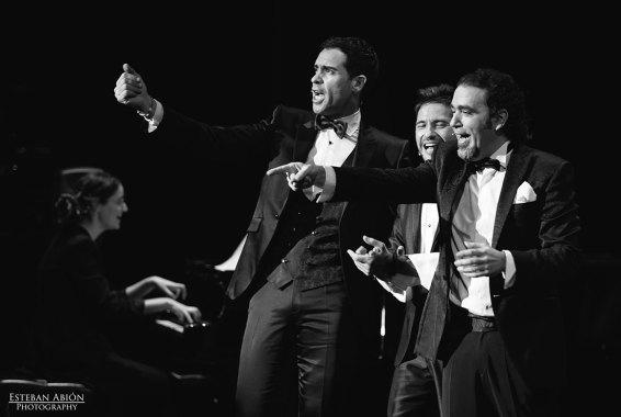 David de María, Ismael Jordi, y David Lagos le cantan a la Navidad