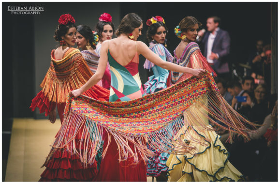 Pasarela de moda Flamenca de Jerez, primer día.